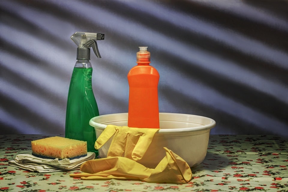 Comment nettoyer une maison très sale ?