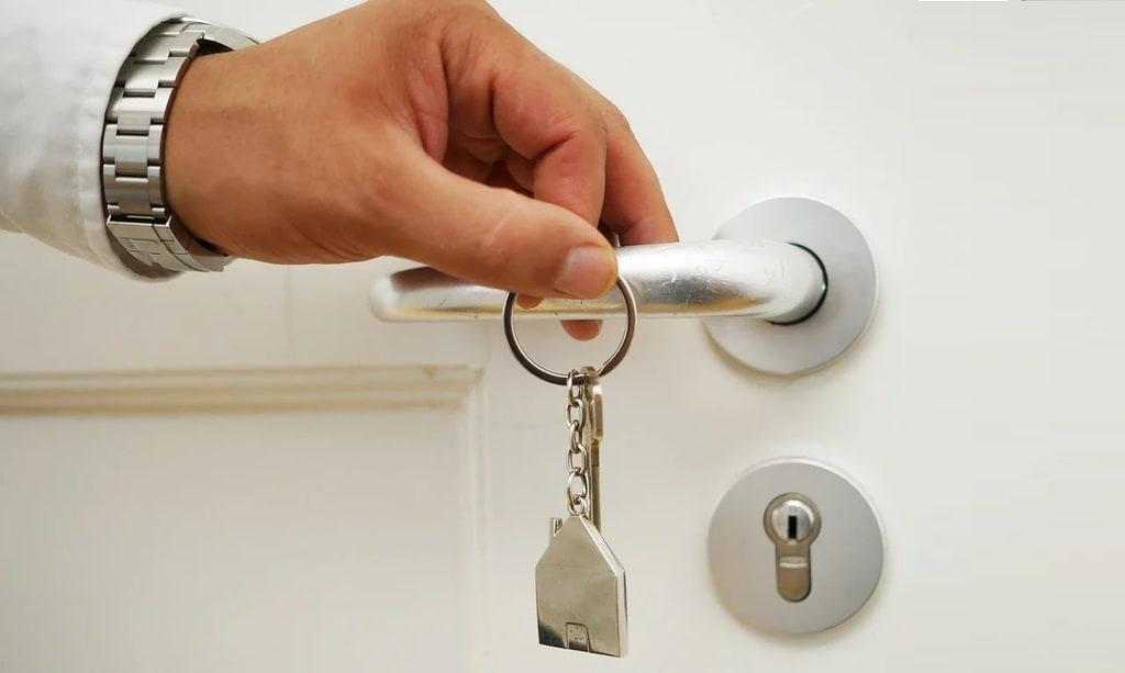 Comment installer une porte coulissante à la maison ?